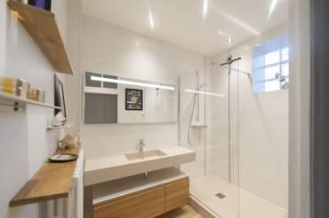 Ajouter une douche dans une salle de bain