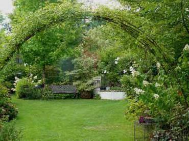 Fabriquer une tonnelle pour son jardin