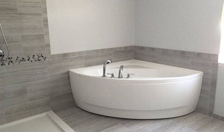 Plomberie: installer une baignoire